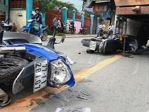 """Xe """"điên"""" gây tai nạn liên hoàn, người nằm la liệt trên đường phố"""