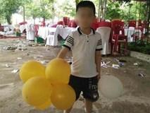 """Vụ bé trai mất tích ở Quảng Bình: """"Chúng tôi không thể ngờ bé lại tử vong dưới hồ nước rất gần nhà"""""""