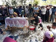 NÓNG: Thi thể bé trai mất tích ở Quảng Bình có nhiều vết đâm sâu