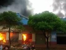 Video: Đang cháy lớn tại chợ Tân Thanh ở Lạng Sơn