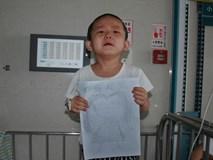 """Bị bỏ rơi vì ung thư máu, bé 4 tuổi vẽ tranh mẹ cho đỡ nhớ: """"Nếu con khỏi bệnh, mẹ có về không?"""""""