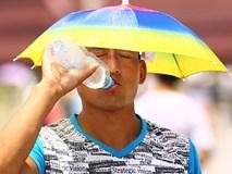 Người Trung Quốc lao đao dưới cái nóng gần 50 độ C