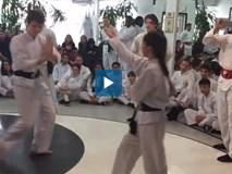 Con gái Chưởng môn Vịnh Xuân Nam Anh biểu diễn võ thuật