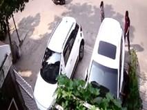 """Bẻ trộm gương xe """"nhanh như chớp"""""""