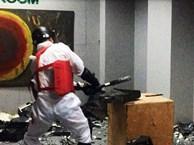 Độc đáo dịch vụ đập phá đồ đạc để 'trút giận' ở Hà Nội
