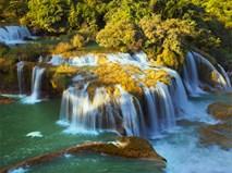 Ngắm nhìn vẻ đẹp ngây ngất của thác Bản Giốc - kỳ quan thiên nhiên tại Việt Nam