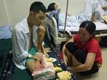 Lời tâm sự của chàng trai 17 tuổi vào viện chữa ung thư khiến người bố bật khóc