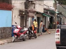 TP.HCM: Vợ bị chồng lột đồ ngoài đường và tra khảo