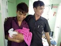 """Chàng trai 22 tuổi đỡ đẻ cho mẹ bầu giữa biển khơi: """"Mình ói rất nhiều sau khi hút đờm, dịch cho bé"""""""