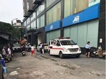 Hà Nội: Nam ca sĩ rơi từ tầng 10 một tòa nhà xuống đất tử vong?