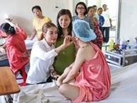 Mẹ của nữ sinh bị tạt axit cho biết chưa nhận được 300 triệu của Trương Ngọc Ánh hứa cho con gái
