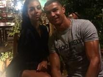 """Georgina bóng gió muốn """"sở hữu"""" Ronaldo bằng một đám cưới?"""
