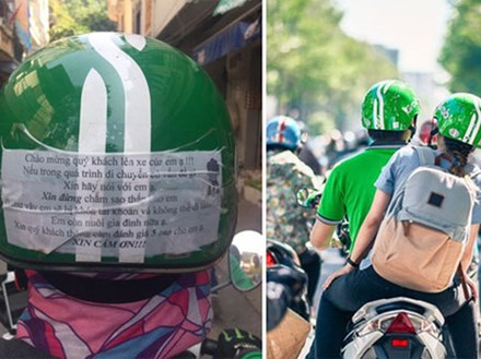 Dòng chữ trên mũ bảo hiểm của chàng trai chạy GrabBike khiến khách nữ chững lại