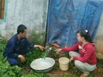 Một gia đình bị kẻ xấu đổ thuốc sâu vào bể nước đầu độc