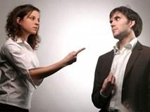 Giao nộp hết lương, thưởng cho vợ mà vẫn bị đay nghiến đến đau lòng