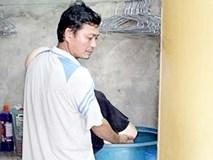 Bỏ vợ bị thương vào thùng nước đến chết rồi nói tự tử