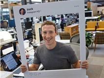 Mark Zuckerberg dán băng dính vào microphone trên laptop, lý do là như thế này đây