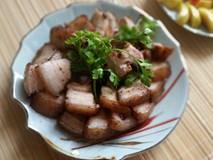 3 bước siêu nhanh làm thịt heo áp chảo quá hợp cho bữa tối ngày mưa