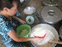 Cơm nở bung nhờ gạo ngâm hóa chất, khách đi ăn quán gọi suất cơm đầy ắp mà vẫn nhanh đói