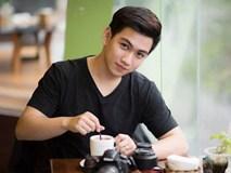 'Hot boy trường Kinh tế' hát hay, đàn giỏi và đam mê nhiếp ảnh