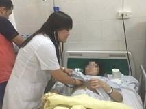 Bác sĩ chạy đua với tử thần vừa cấp cứu vừa đỡ đẻ cho bà bầu mắc sốt xuất huyết