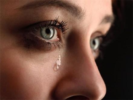 Lợi ích không ngờ của nước mắt