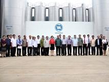 Đoàn đại biểu cấp cao Lào thăm Nhà máy sữa Vinamilk
