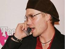 Thật khó tin loạt sao hạng A Hollywood lại có thời dùng những chiếc điện thoại này
