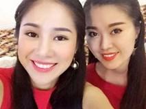 Ngỡ ngàng nhan sắc của 2 em gái Lê Phương tại hôn lễ với tình trẻ kém 7 tuổi