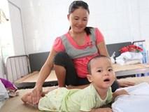 Sinh ra con không cất tiếng khóc, 5 tháng sau mẹ đau đớn phát hiện con bị bại não