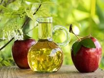 8 lợi ích tuyệt vời nhờ việc uống đều đặn cốc nước pha 1 thìa giấm táo vào mỗi sáng