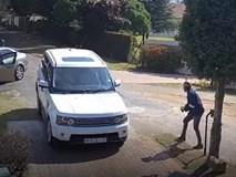 Vụ cướp xe Range Rover táo tợn