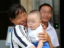 Bé trai bị bán qua tay 13 người trong vòng 3 tháng và chân dung hung thủ khiến ai cũng phẫn nộ