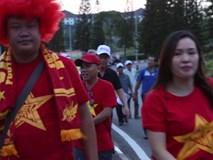 CĐV Việt Nam áp đảo Philippines trên sân Shah Alam