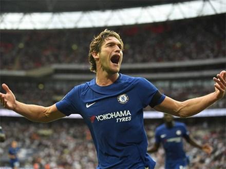 Alonso ghi tuyệt phẩm sút phạt, Chelsea đánh bại Tottenham
