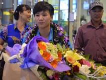 Quá ít người hâm mộ chào đón đội tuyển nữ Việt Nam về nước