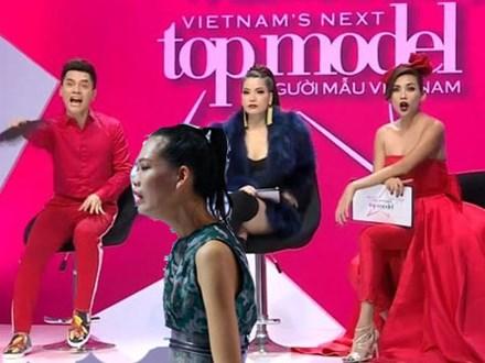 Từ chối tham gia phần thi phụ, Nguyễn Hợp khóc như mưa khi bị 'tiễn' khỏi Next Top Model 2017