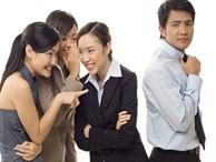 Cuối tuần nghe 'lật tẩy' chuyện bí mật ở văn phòng của những cô nàng công sở