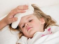 Mách bạn cách điều trị sốt xuất huyết tại nhà