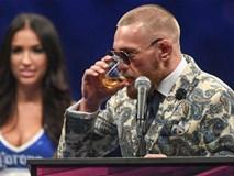 McGregor uống rượu giải sầu, Mayweather lái siêu xe đến hộp đêm
