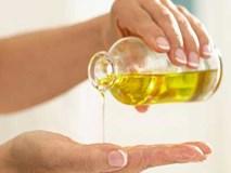 """Mỗi ngày dùng vài giọt """"vàng lỏng"""" này khi tắm, da chỉ có gọi là trắng mịn như bông bưởi"""