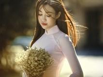 Hoa hậu Mỹ Linh xinh ngất ngây trong bộ ảnh kỷ yếu chụp cùng bạn Đại học