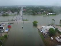 Thành phố Houston, Mỹ chìm trong biển nước nhìn từ trên cao
