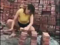 Clip: 2 cô gái khiến dân mạng choáng váng khi làm điều này