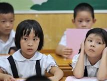 """Nhà báo Thu Hà nói về khủng hoảng đầu lớp 1 của con: Hay chăng cũng chỉ là """"cơn bão trong tách trà""""?"""