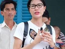 Bị chê ăn mặc lố lăng đi từ thiện, Trang Trần đanh đá đáp trả