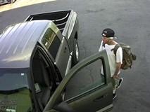 Cố ngăn trộm xe, chủ garage ô tô bị thương