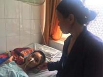 Góa phụ cay đắng trước cảnh con gái bị chấn thương sọ não, lúc tỉnh lúc mê