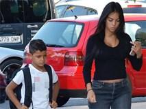 Georgina đưa con trai Ronaldo đi chơi giữa tin đồn mâu thuẫn mẹ chồng tương lai