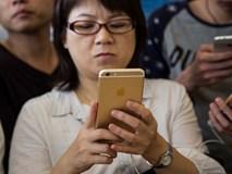 """iPhone 8 vất vả vì người dùng Trung Quốc đang """"khôn"""" ra"""